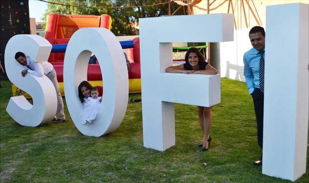 Letras gigantes para celebraciones TUFOTOBOX